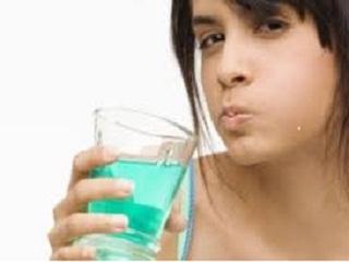 Полоскание горла при ангине: перекись водорода, сода