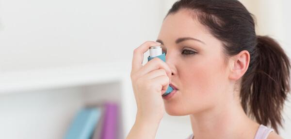 Бронхиальная астма: симптомы и лечение у взрослых и детей
