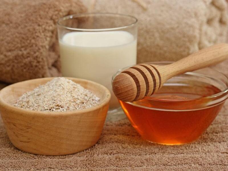 Молоко с медом и содой от кашля – эффективный народный рецепт