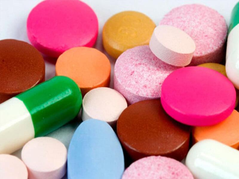 Таблетки от отита: обезболивающие и антибиотики при отите у взрослых и детей
