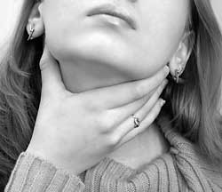 Массаж миндалин при тонзиллите: способы массажа миндалин, его преимущества и особенности