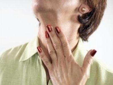 Боль в горле при ларинготрахеите